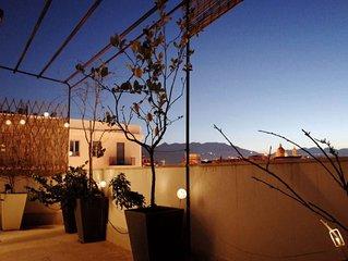 Fascinoso appartamento con ampia terrazza panoramica