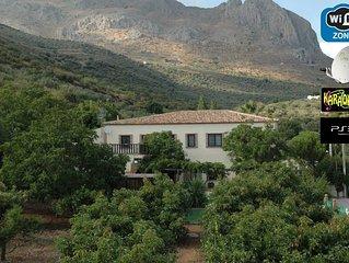 Casa rural 'La Casita del Campo', piscina privada, jardín mediterráneo de 5000m2