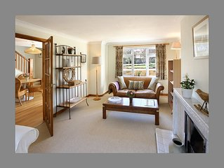 Comfortable and Spacious Cotswold living in beautiful llmington Village.