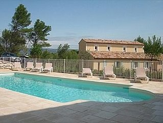 Discover Provence. Mas Neuf Luxury 2 Bed Villa With 2 Pools