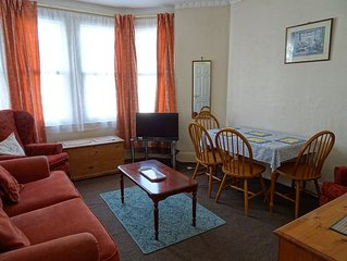 CENTRAL TORQUAY ONE BEDROOM APARTMENT