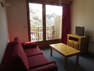 2 bedroom apartment 6 people all equipped 150m from the slopes with garage