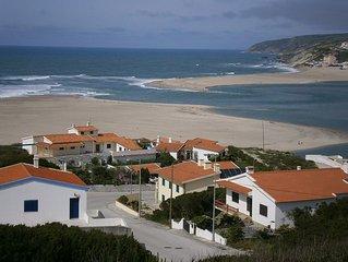 Casa com cozinha equipada perto de praias e pontos de atracao turistica