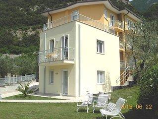 Apartments ' La Pervinca ' - 1 o - vista lago
