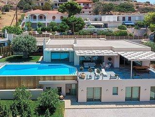 Blue Coast Villa | Elegant Villa on the Athenian Riviera near sandy beaches