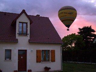 A 2 pas de Chambord, maison avec jardin.