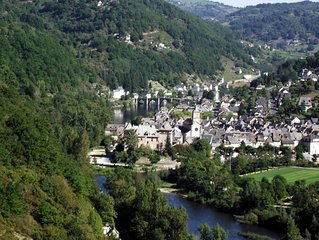 Charming Gite overlooking the river Truyere and the 14th Century bridge.