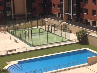 VUT 47-79 - Attique  très lumineux, grande terrasse, piscine commune