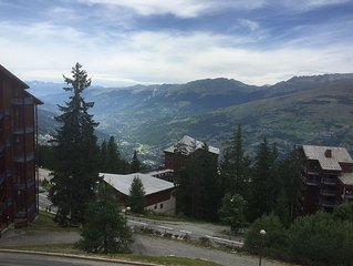 Two Bedroom Apartment In Lovely Alpine Setting