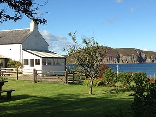 Comfortable Family Farmhouse by sea in quiet location near Campbeltown, sleeps 8