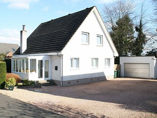 Four Seasons Self Catering Holiday Cottage In Stanley, Perthshire