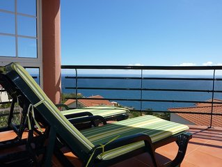 Five-star apartment with fantastic views over Madeira's south coast
