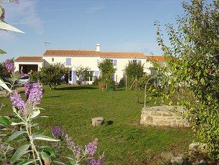 Noirmoutier - Belle maison d'architecte -Très belle vue sud +trampoline +Billard