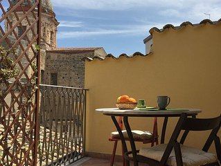 Wonderful apartment with terrace in the heart of Palermo's old city centre