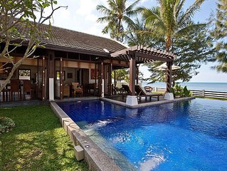 Beachfront Villa With Private Pool & Lovely Garden