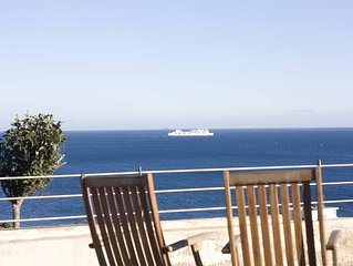 Seaside villa with spectacular views, private poo
