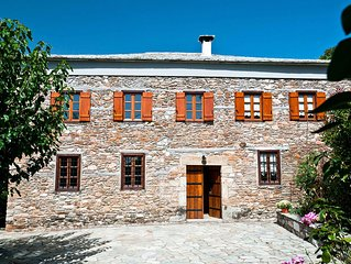 Traditional Stone Villa with Beautiful Garden!