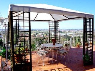 Appartamento in Versilia immerso nella natura con terrazza panoramica