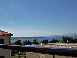 New apartment with fantastic sea view, only 250 m
