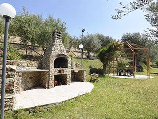 CHALET TRA GLI ULIVI: • wi-fi • giardino • bbq • veranda • panorama stupendo