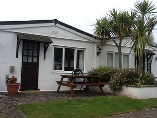 Holiday Bungalow, Galmpton, Nr Brixham. The, Palms. Close to Beach. Dog Friendly
