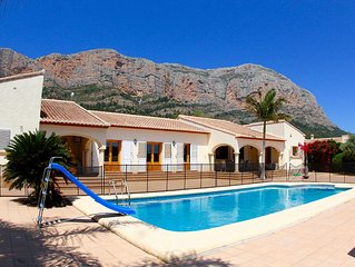 Child-Friendly 4 Bed Family Villa, Stunning Views