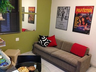 Studio flat close to beach WiFi, AC and Cable TV
