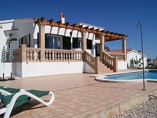 Modern villa, great location, private pool, free WiFi, air con.