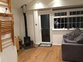 Stunning, newly refurbished countryside Studio With Woodburning stove