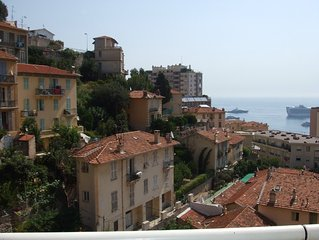 Bright spacious apartment with sunny terrace overlooking Monaco Bay