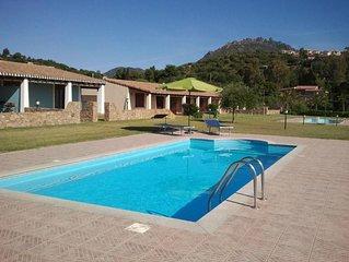 Casa in residence a 300m dal mare con piscina