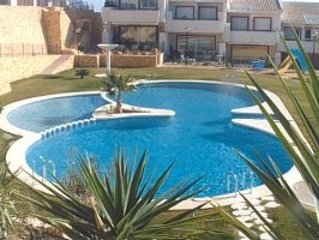 ALICANTE .SWIMMING POOL FANTASTIC VIEWS OVER GOLF COURSE SPACIOUS HOLIDAY HOME