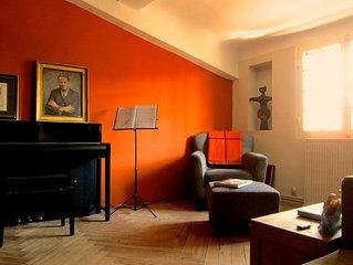 Spacieux appartement de charme dans hotel particulier du XVIIs
