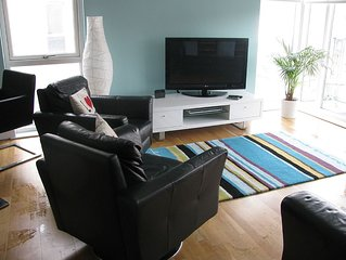 Modern & Stylish 3 Bedroom Apartment Close to All Belfast Attractions