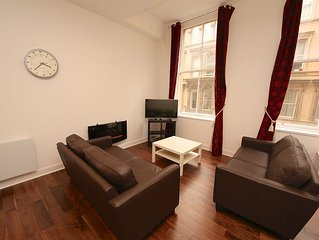 Newly refurbished apartment situated in the Merchant City (sleeps 6)
