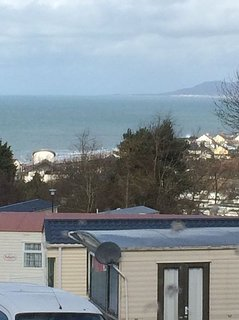 Cosy static caravan with sea views, by the sea at Borth,Ceredigion.