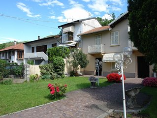 Villa with garden in the center of Mergozzo at about 500m from the lake