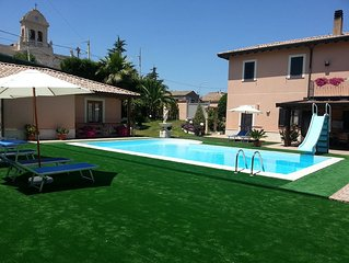 House on the ground floor in a beautiful villa with pool on Mount Etna