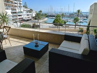 Ideales Hafenapartment mit Swimmingpool und Wifi