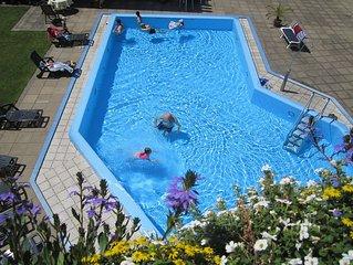 Ferienapartment fur 2 Personen mit beheiztem Schwimmbad und Sauna.