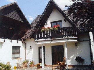 Ruhige stadtnahe komfortable Ferienwohnung mit Terrasse in GOSLAR /Erdgeschoss
