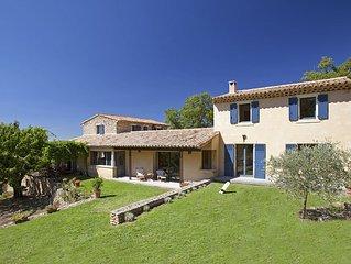 Landhaus in Bonnieux, familienfreundlich, Privat Pool, im Grunen, bis 9 Personen