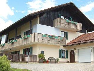 Apartment with 2 rooms u. Patio
