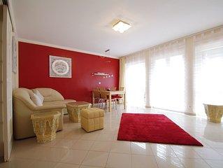 Terrasse, Fußbodenheizung, eine saubere, gehobene Wohnung