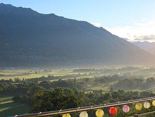 Blick vom Balkon am Morgen (grobe Richtung Bellinzona)