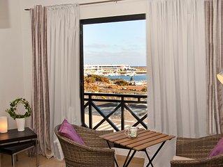 Luxusapartment mit Meerblick am Charco & Marina Arrecife