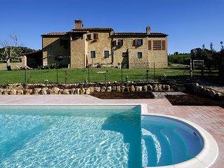Komfortabel Unterkunft mit Klimaanlage, Pool und schonem Garten