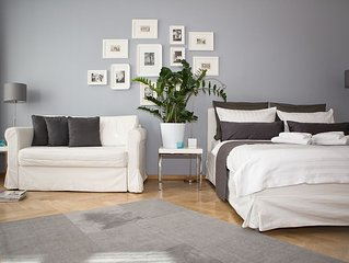 Studio 44 - Apartment RIEMANN 1; Zentrum, Kostenloses WLAN, Fahrrader