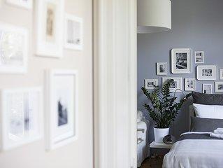 Studio 44, Apartment FLOssPLATZ - ZENTRUM, FAHRRADER, WLAN, franzosischer Balkon
