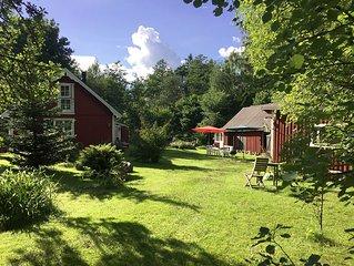Ruhiges, idyllisches Waldhaus in wunderschoner Natur nahe Kleinstadt